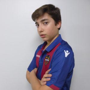 10 - Álvaro Varona
