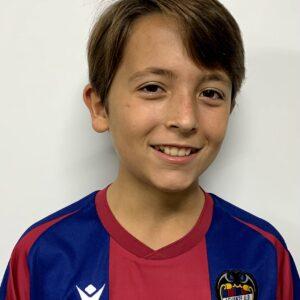 11 - Lucas Serrano Peris