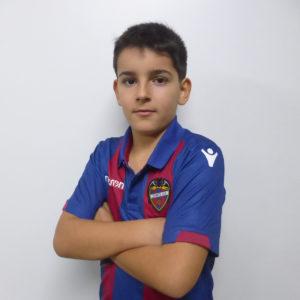 11 - Daniel Herrero