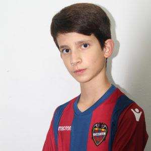 11 - Antonio Navarro