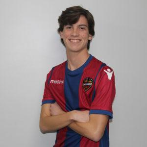 12 - Carlos Donat