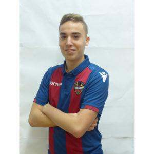 15 - Carlos Sánchez