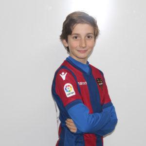 19 - Pedro Catalán