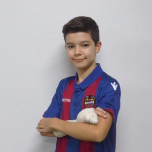 2 - Agustín Serrano
