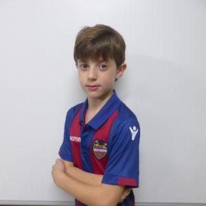 2 - Alejandro Gil