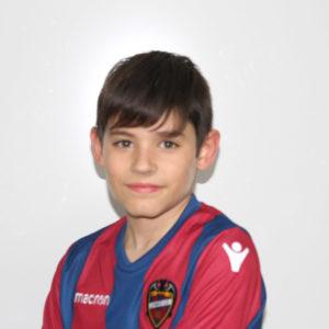 2 - Víctor García
