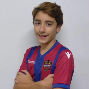 4 - Yago Correa