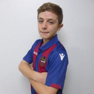 7 - Adrian Rubio