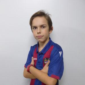 8 - Gonzalo Pérez
