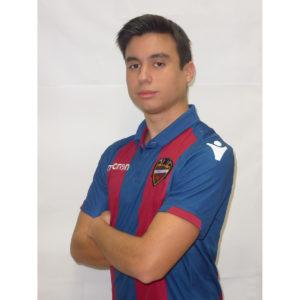 9 - Nacho Reyes