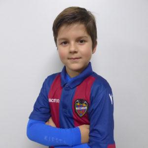4 - Héctor García