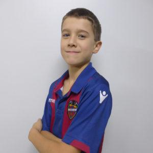 12 - Carlos Pimentel