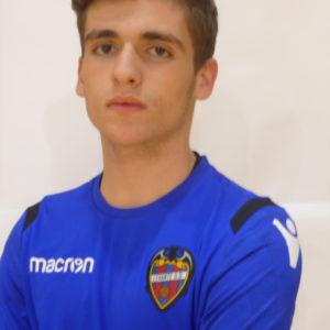 13 - Miguel Gisbert