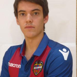 4 - Carlos Giménez