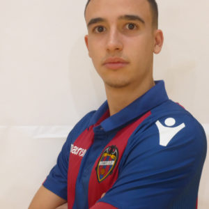 9 - Carlos Alamar